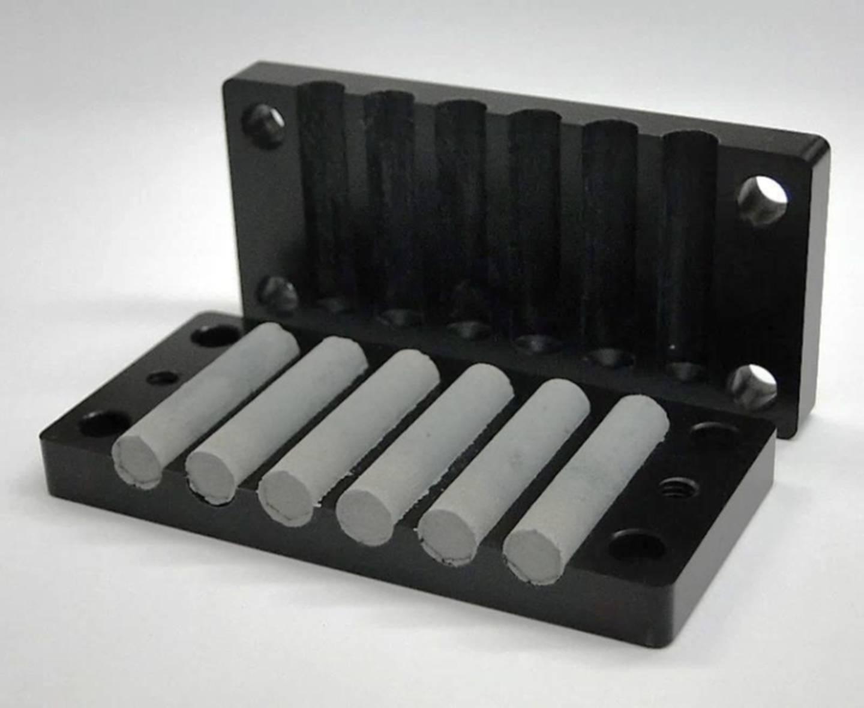 Navy zinc sponge for batteries